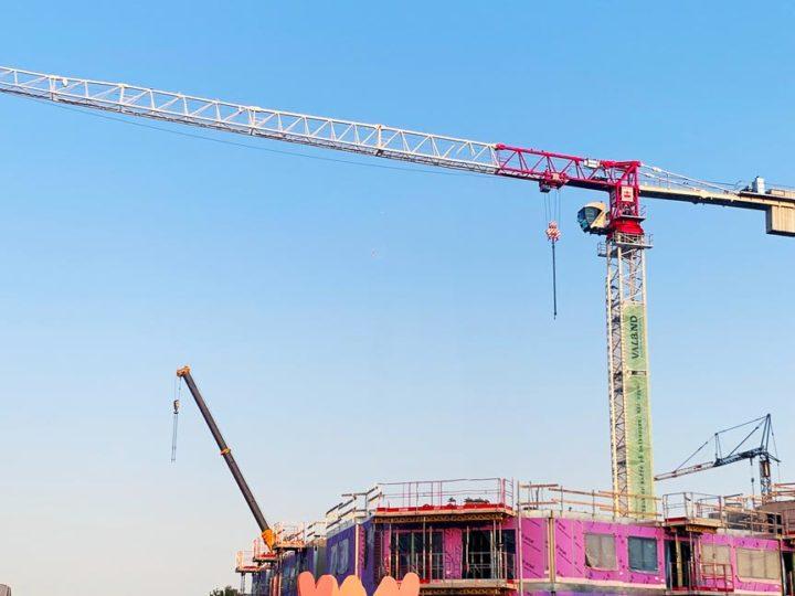 Få maximal exponering med banderoll på byggkran